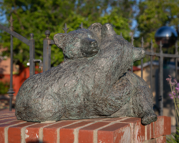 Bearfoot in the Park (Bronze)
